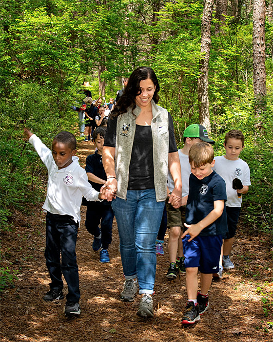 school-program-on-trail