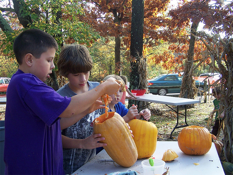 school-program-pumpkins